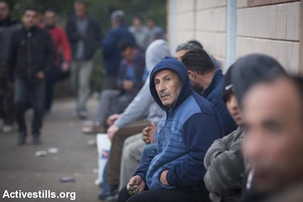 Illustrative photo of Palestinian workers in Israel. (Oren Ziv/Activestills.org)