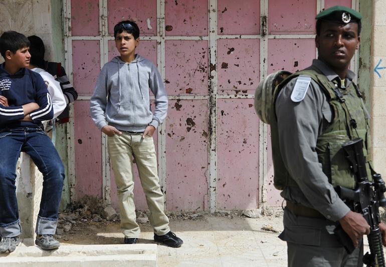 Hebron, 2011. (photo: Mati Milstein)