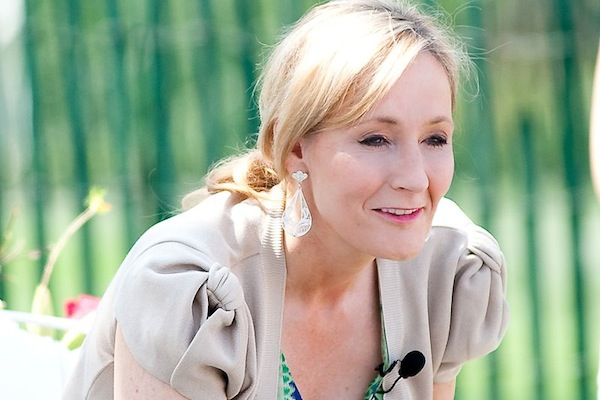 J.K. Rowling reads from Harry Potter and the Sorcerer's Stone at the Easter Egg Roll at White House, April 5, 2010. (photo: David Ogren/CC BY 2.0)