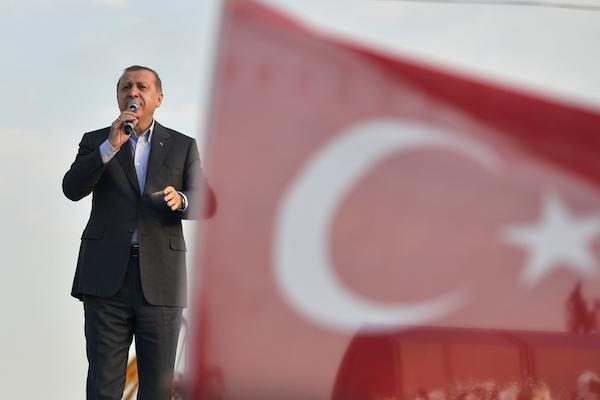 Turkish President Recep Tayyip Erdoğan speaks in Istanbul, September 20, 2015. (Photo by Orlok / Shutterstock.com)