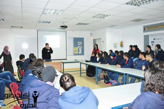 University student members of the Academiyu al-Tira speaking with Arab high school students as part of their educational program for Tira's youth. (Photo courtesy of the Academiyu al-Tira)