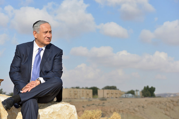 Prime Minister Benjamin Netanyahu looks out at the Negev desert in Sde Boker, November 18, 2015. (Photo by Kobi Gideon / GPO)