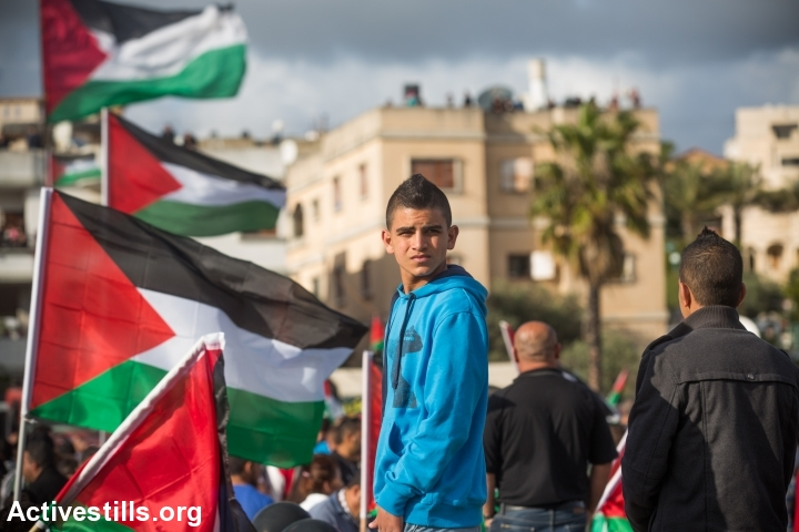 Palestinian citizens of Israel participated at the main march commemorating Land Day in the village of Deir Hanna, northern Israel, on March 30, 2015. (photo: Yotam Ronen/Activestills.org)