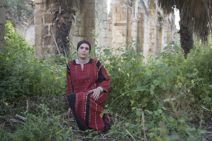 Samah Palestinian embroidered dresses project