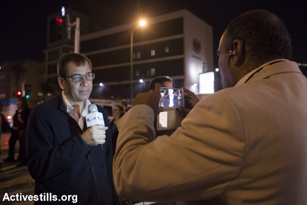 Illustrative photo of an interview with a Palestinian citizen of Israel. (Oren Ziv/Activestills.org)