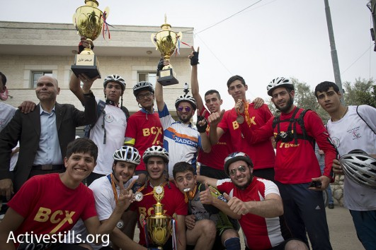 Winners of the 2016 Nakba Day bicycle race (Oren Ziv/Activestills)