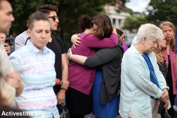 A mourning vigil following the shooting in an LGBTQ night club in Orlando, FL was held in Jamaica Plain, Massachusetts on June 12, 2016. (photo: Tess ScheflanActivestills.org)