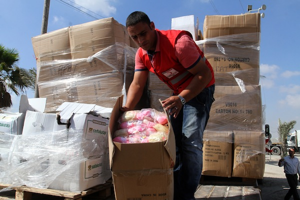 A truck loaded with aid parcels provided by Turkey seen after it entered the southern Gaza Strip from Israel through the Kerem Shalom crossing on July 4, 2016. (Photo by Abed Rahim Khatib/FLASH90)