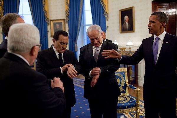 Egyptian President Hosni Mubarak, Israeli Prime Minister Benjamin Netanyahu, Palestinian President Mahmoud Abbas and U.S. President Barak Obama during American-sponsored peace talks at the White House, September 1, 2010. (White House Photo/Pete Souza)