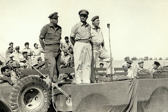 Moshe Dayan reviews troops in Sharm el-Sheikh at the end of the 1956 war. (IDF Spokesperson)