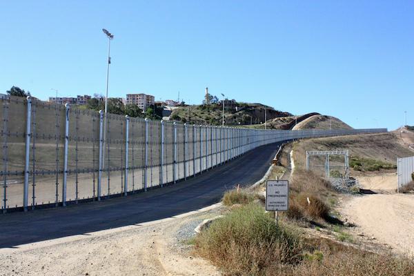 The U.S.-Mexico border in San Diego, California, November 12, 2010. (Bruno Sanchez-Andrade Nuño)