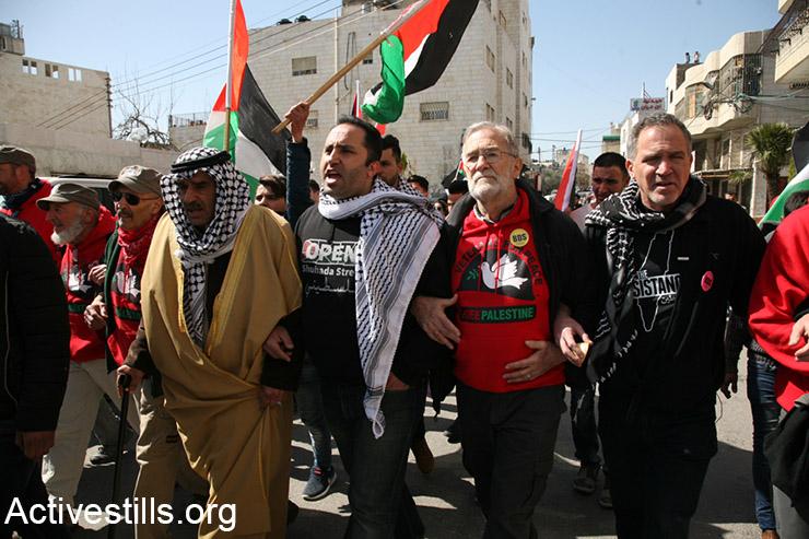 Open Shuhada Street demonstration in Hebron, February 24, 2017. (Activestills.org)
