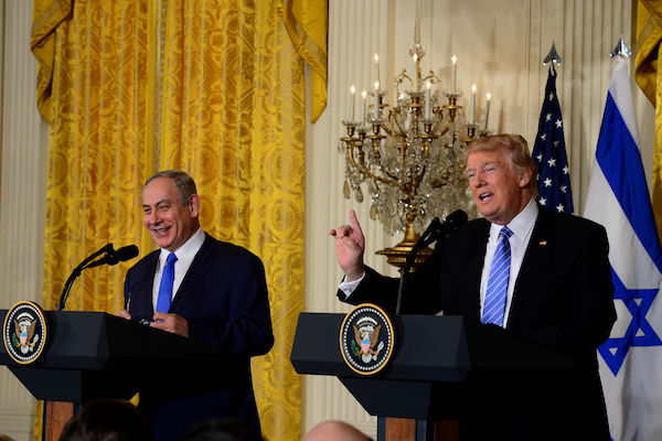 Israeli Prime Minister Benjamin Netanyahu holds a press conference with U.S. President Donald Trump at the White House, February 15, 2017. (Avi Ohayon/GPO)
