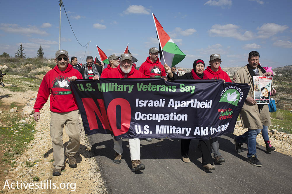 A group of U.S. military veterans against the Israeli occupation came to the protest to stand in solidarity with the people of Bil'in, February 17, 2017. (Oren Ziv/Activestills.org)