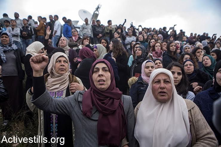 Women mourn Basel al-Araj during his funeral in Al Walaja, West Bank, March 16, 2017. (Activestills.org)