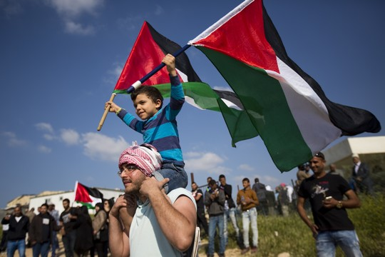Palestinian citizens of Israel participate in a Land Day march in the Negev. (Corinna Kern/Flash90)