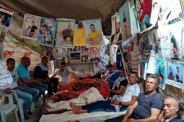 Former Palestinian political prisoners go on hunger strike in solidarity with Palestinians behind bars, Jenin. (Orly Noy)