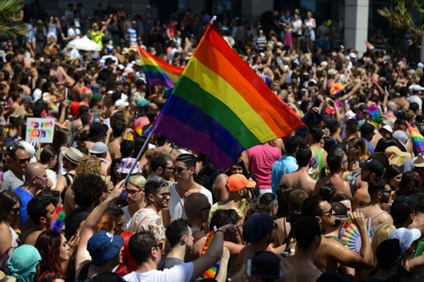 Members of the Israeli and international gay community participate the annual pride parade in Tel Aviv, June 7, 2013. (Gili Yaari/Flash90)