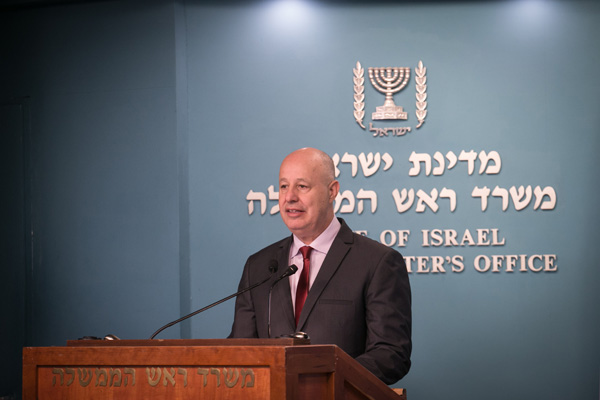 Israeli Regional Cooperation Minister Tzai Hanegbi, a close ally of Prime Minister Netanyahu, December 28, 2016. (Ohad Zwigenberg/Pool)
