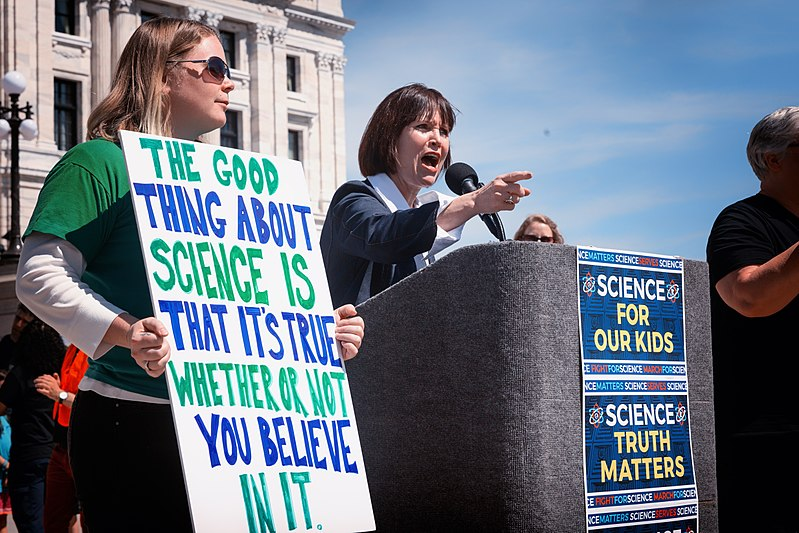 Minnesota Representative Betty McCollum (D) speaks at the 2017 March for Science. (Lorie Shaull/CC BY-SA 2.0)