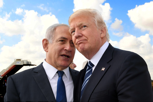 President Donald Trump with Prime Minister Benjamin Netanyahu at the end of Trump's visit to Israel, May 23, 2017. (Kobi Gideon/GPO)