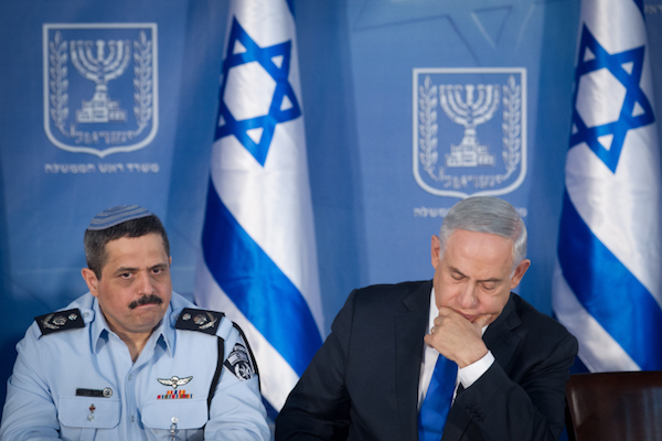 Israeli Prime Minister Benjamin Netanyahu at a ceremony marking his appointment of Israel National Police Chief Roni Alsheikh, December 3, 2015. (Miriam Alster/Flash90)