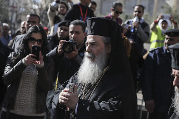 Greek Orthodox Patriarch of Jerusalem Theophilos III arrives at the Church of the Nativity in the biblical West Bank town of Bethlehem as Orthodox Christmas celebrations kicked off on January 6, 2016, in the traditional birthplace of Jesus Christ. (Flash90)
