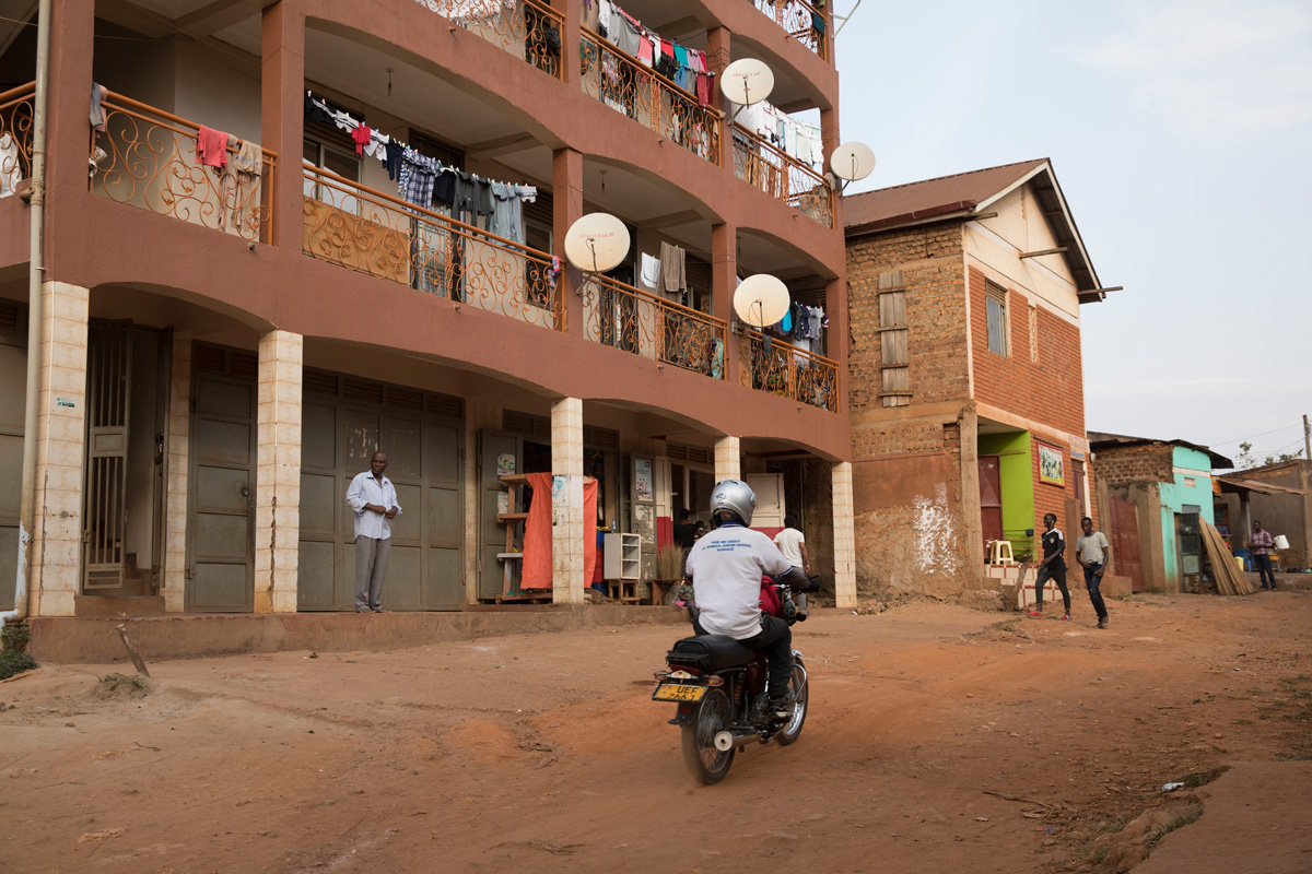 Najana Kombi, a refugee neighborhood of Kampala, Uganda, where many Eritrean asylum seekers who came from Israel live today. (Oren Ziv/Activestills.org)