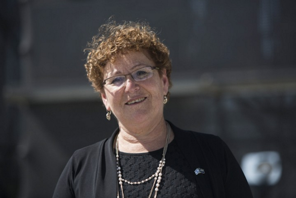 Israel Prize winner Miriam Peretz seen during the rehearsal held at Mount Herzl in Jerusalem for Israel's 66th Independence Day, May 1, 2014. (Yonatan Sindel/Flash90)