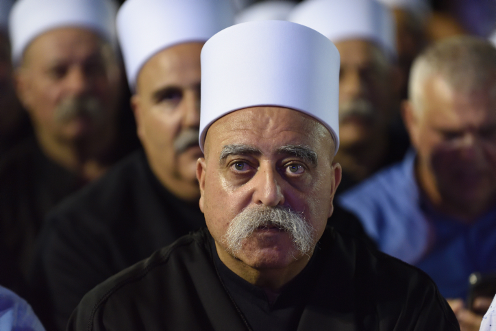 Shaykh Mowafaq Tarif, the spiritual leader of the Druze community in Israel, attentds the Druze-led rally to protest against the 'Jewish Nation-State Law,' Rabin Square, Tel Aviv, August 4, 2018. (Gili Yaari/Flash90)