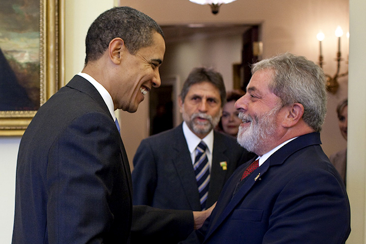 President Obama welcomes the President of Brazil, Lula Da Silva, to the Oval Office of the White House on Saturday, March 14, 2009. (Pete Souza/White House)