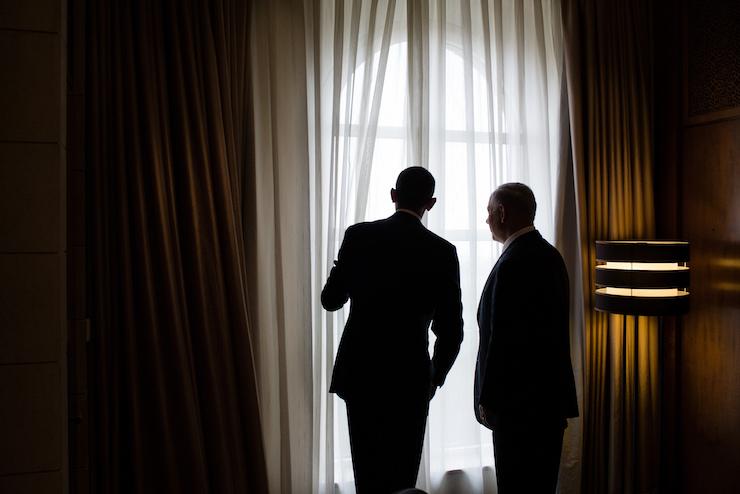 U.S. President Barack Obama speaks with Israeli Prime Minister Benjamin Netanyahu, March 22, 2013. (White House photo/Pete Souza)