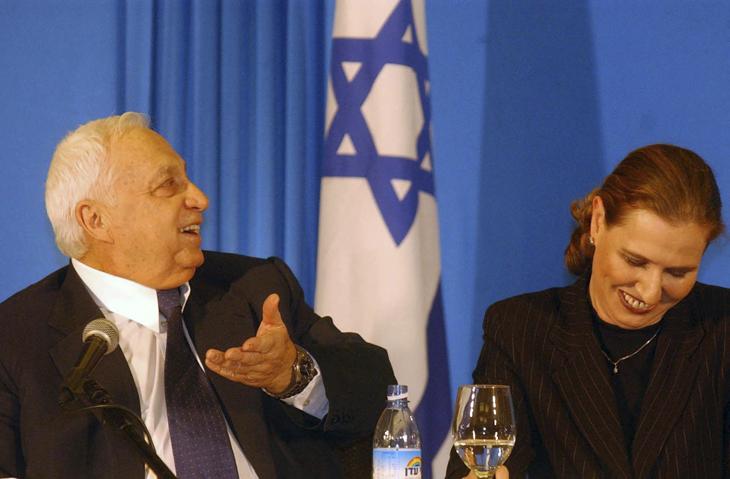 Kadima leaders Ariel Sharon and Tzipi Livni, January 13, 2001. (Flash90)
