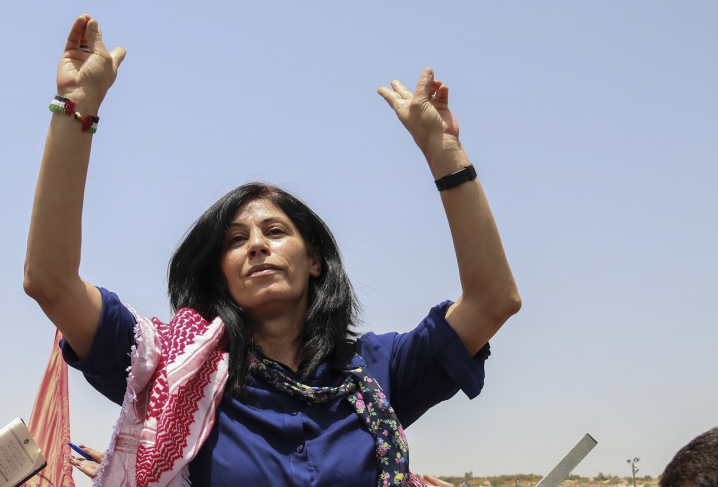 Palestinian lawmaker Khalida Jarrar after her release from an Israeli prison, at Jabara checkpoint near the West Bank town of Tulkarem, June 3, 2016. (Photo by Haytham Shtayeh/Flash90)