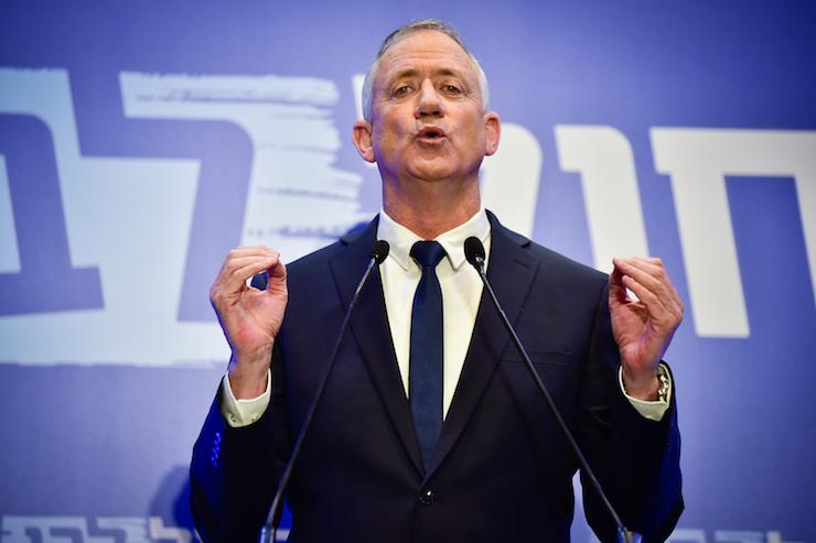 Netanyahu rival Benny Gantz delivers a statement to the media in Tel Aviv, February 28, 2019. (Flash90)