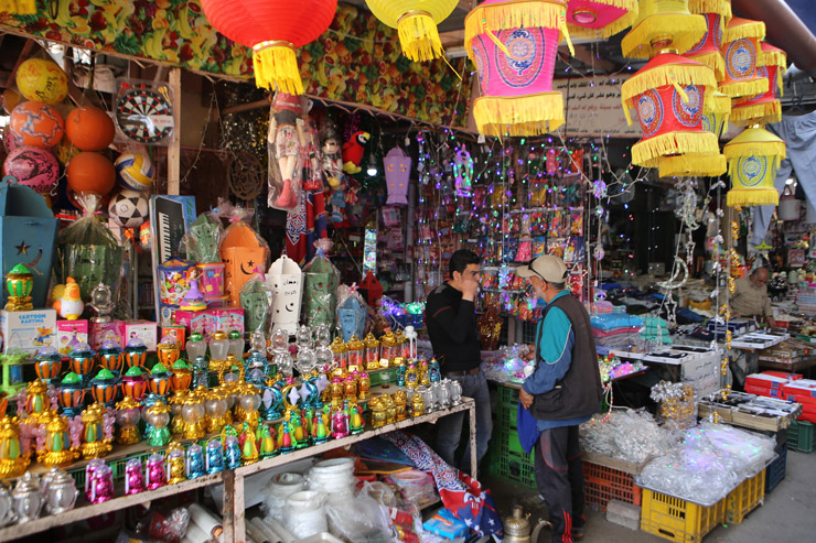 Merchants sell Ramadan decorations in Gaza City's Al-Zawiya on Sunday, May 5, 2019. (Mohammed Al Hajjar)
