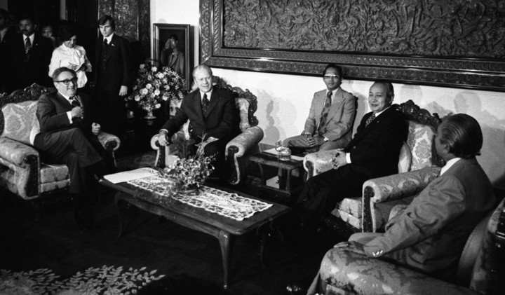 Suharto with U.S. President Gerald Ford and Secretary of State Henry Kissinger on December 6, 1975, one day before the invasion of East Timor. (Courtesy Gerald R. Ford Presidential Library)