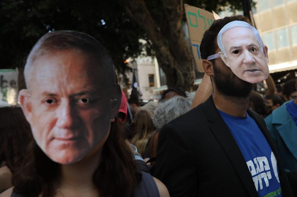 Protesters take part in a demonstration in Tel Aviv as part of the global climate strike, September 27, 2019. (Oren Ziv)