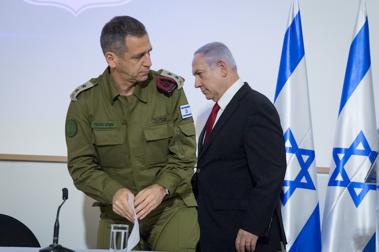 Prime Minister Benjamin Netanyahu and IDF Chief of Staff Aviv Kochavi at a press conference following a security cabinet meeting on the day Israel assassinated a top Islamic Jihad commander, November 12, 2019. (Miriam Alster/Flash90)
