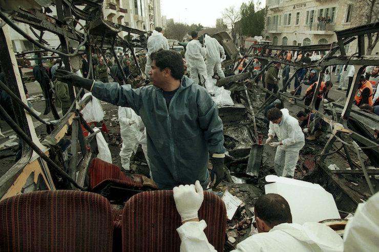 Paramedics and rescue workers at the site of a Hamas suicide bombing in Jerusalem, which killed 26 people and wounded 80 more, February 26, 1996. (Flash90)