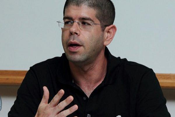 Yariv Oppenheimer, director of Peace Now (photo: Yossi Gurvitz)