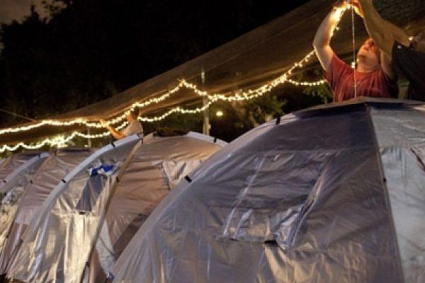 """""""Tent protest"""",  Tel Aviv, Israel, July 2011 (photo: Oren Ziv/activestills)"""