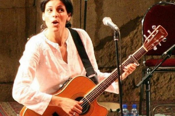 Souad Massi, who recently performed in Ramallah (photo: Wikimedia Commons)
