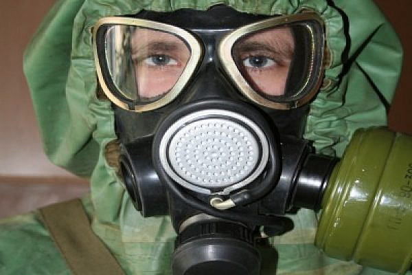 Russian_gas_mask_ thumb (Photo: Ethbaal/Wikimedia Commons)