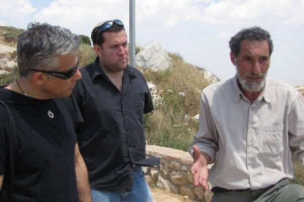 Settler leader Benni Katzover (R) with Yair Lapid (L). (Photo: Yesha Council)