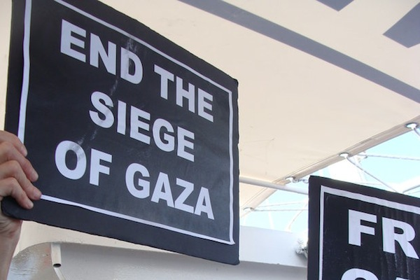 End the Siege on Gaza sign (Mya Guarnieri)