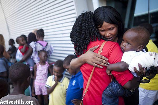 South Sudanese refugees being deported (Activestills)