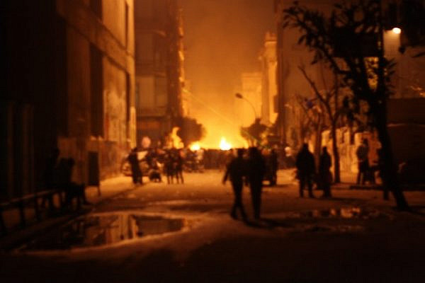Clashes dissipate on Cairo's Mohammad Mahmoud Street, January 25, 2013 (Photo: Jesse Rosenfeld)
