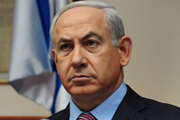 Israeli Prime Minister Netanyahu in the cabinet, Nov. 18, 2012 (Photo: Kobi Gideon / GPO)