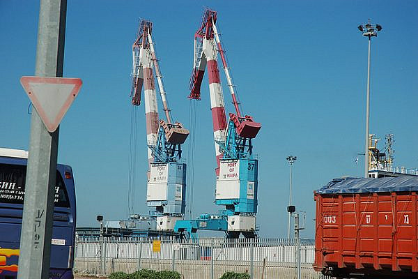 Port of Haifa. (photo: David King / CC BY 2.0)